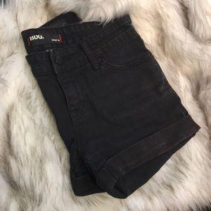 BDG Black rolled shorts women's size 26